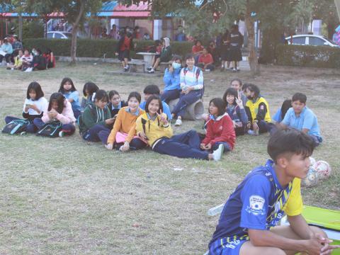 ฟุตบอล สพม.27 ลีค ครั้งที่ 1 ปทุมรัตต์พิทยาคม VS สตรีศึกษา ผลการ